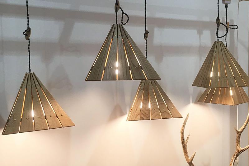家具工房たいむ 四角推 温かみのある照明