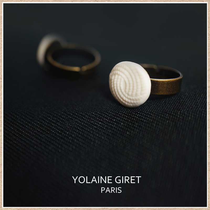 フランスのアクセサリー ヨレーヌ・ジレ