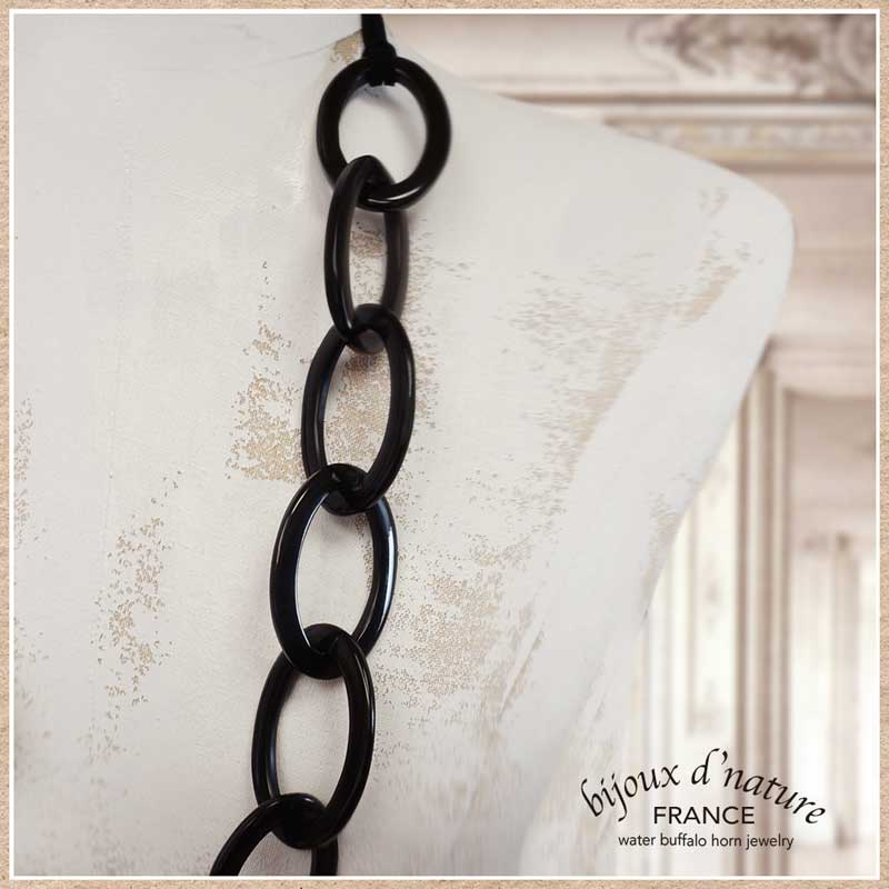 水牛の角のロングネックレス(ブラック)