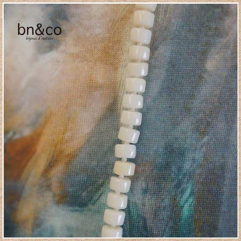 白珊瑚のロングネックレス