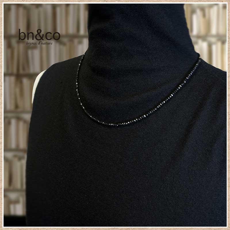 ブラックスピネルのネックレス 50cm